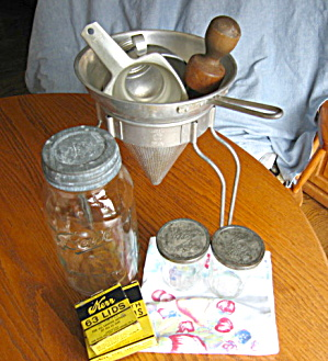 Wear-ever Vintage Canning Assortment