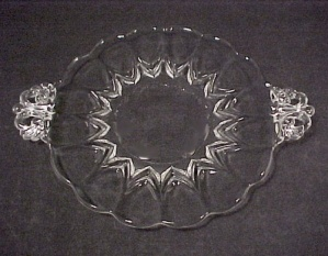New Martinsville Viking Glass Janice 7 In Handled Plate