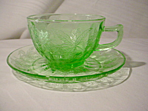 Jeannette Green Floral Poinsettia Cup Saucer