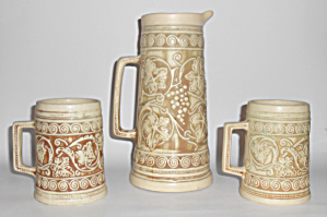 Weller Pottery Ivory Grape Tankard & Pair Mugs