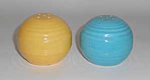 Bauer Pottery Monterey Turq/yellow Salt & Pepper Set