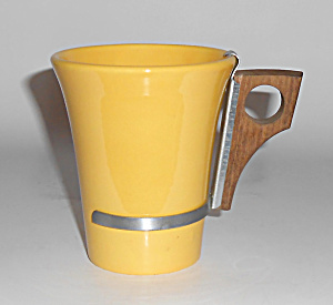 Bauer Pottery Monterey Moderne Yellow Tumbler W/handle