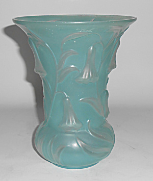 Phoenix Consolidated Art Glass Blue Bell Vase W/sticker
