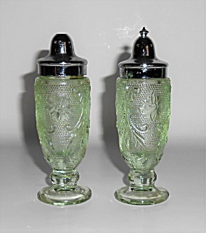 Indiana Glass Tiara Green Sandwich Salt/pepper Shakers