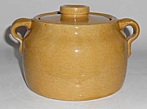 Bauer Pottery Early Yellow Ware 1 Quart Bean Pot