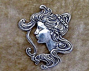 Sterling Silver Antique Cameo Face Pendant