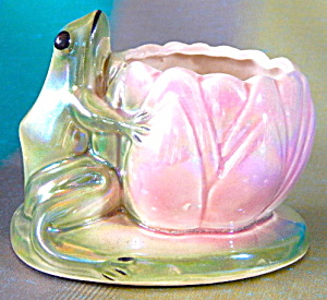 Vintage Lustrer Glazed Frog And Lotus Flower Planter
