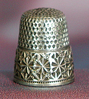 Vintage Sterling Thimble: Embossed Star Border