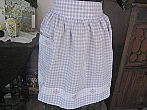 Lilac Checkered Apron With Embroidery