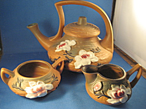 Roseville Tea Set In The Rose Style