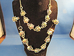 Molded Glass Stone Necklace Set