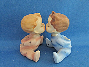 1959 Holt Howard Kissing Babies Salt And Pepper Shakers