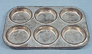 Children's Dishes - Muffin Tin - Six
