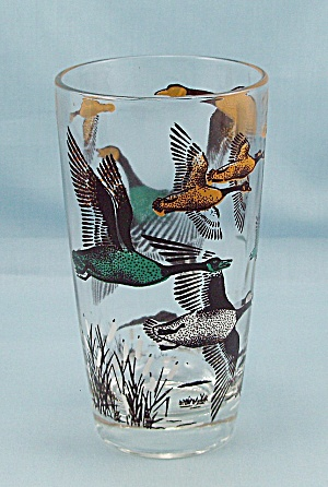 Game Birds Tumbler, Flying Canadian Geese
