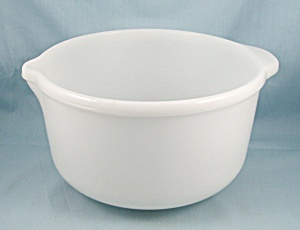 Large Mixing / Batter Bowl, Spout & Handle