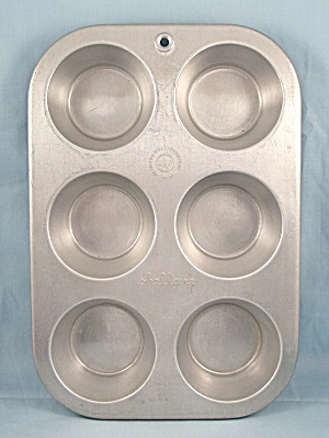 Shellaire - Large Muffin Pan - Pat'd 1931