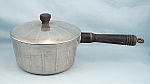 Household Institute, Cast Aluminum, Saucepan & Lid