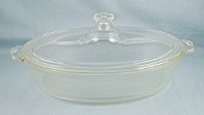 Pyrex 042 - Oval Casserole, Scalloped Handle, Old $ Mark