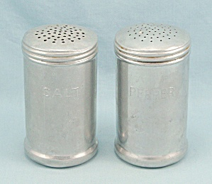 Aluminum Stove Top - Salt & Pepper Shaker Set