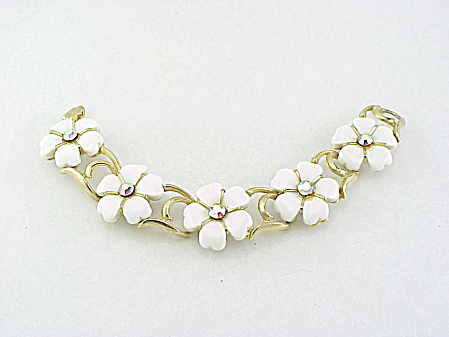 Vintage White Lucite Thermoset And Rhinestone Flower Bracelet