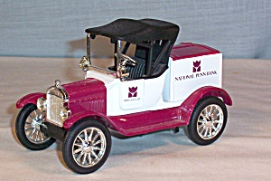 Ertl 1918 Ford Runabout Coin Bank Penn Bank
